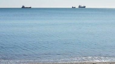 Big merchants ships parked on shore. — Stock Video