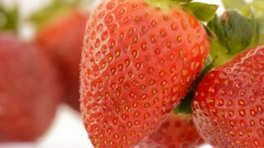 Strawberries rotating. Close up. Loop. — Stock Video