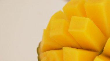 Mango fruit rotating. Close up. Loop — Stock Video