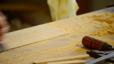 деревянный рубанок, столярные изделия. — Стоковое видео