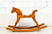 лошадка-качалка кресло — Стоковое фото
