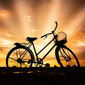 Sylwetka roweru — Zdjęcie stockowe