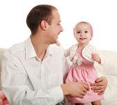 Vader en dochter van kleine, in de studio op een witte — Stockfoto