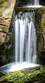 Beautiful Long Exposure of Waterfall in Mossy Sandstone Canyon — Stock Photo