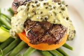 Steak With Peppercorn Sauce — Foto de Stock