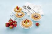 Cream And Chocolate Tarts — Stock Photo