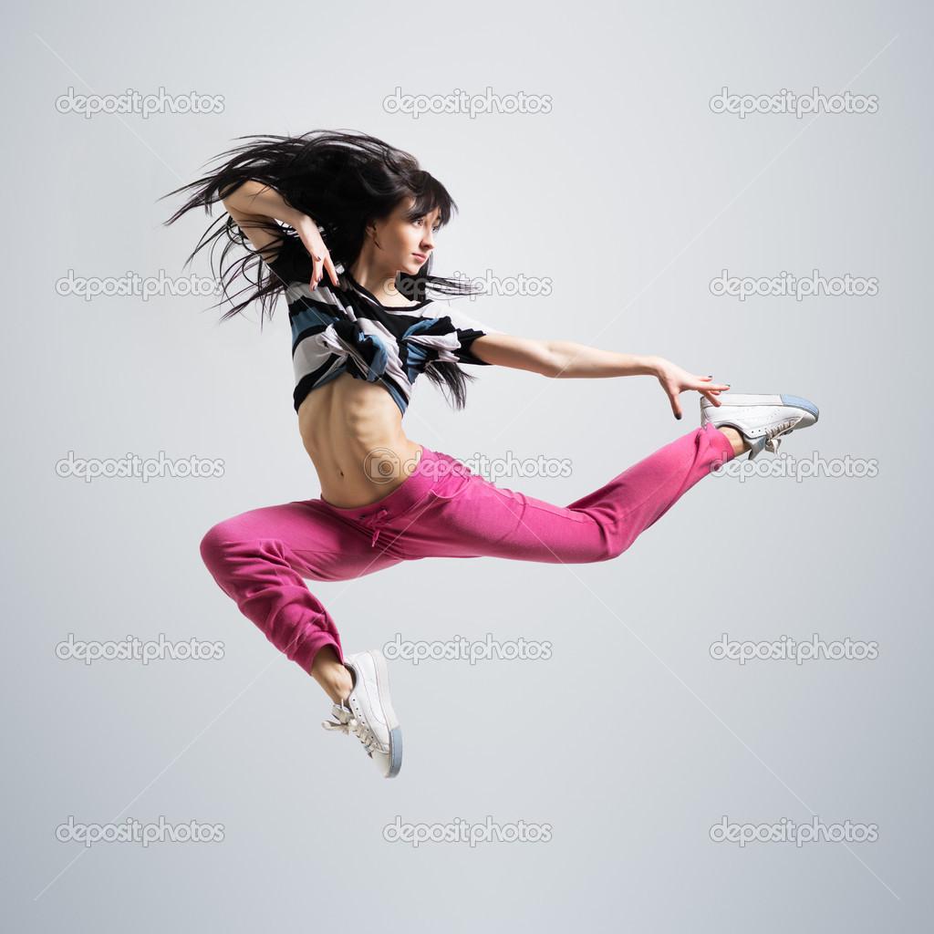 Сексуальная девушка прыгает 2 фотография