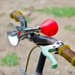 Vintage air horn with rubber bulb on bicycle — Stok fotoğraf