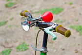 Vintage air horn with rubber bulb on bicycle — Stock Photo