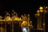 электростанция в ночное время — Стоковое фото
