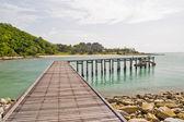 Wood jetty in Thai sea — Stock Photo