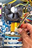 Technik opravy hardwaru počítače v laboratoři — Stock fotografie