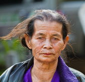 Smiling old woman — Stockfoto
