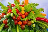 Basket of fresh vegetables — Stock Photo