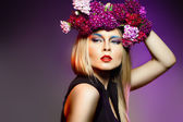 Beauty woman withwith flower wreath. Professional Makeup — Stock Photo