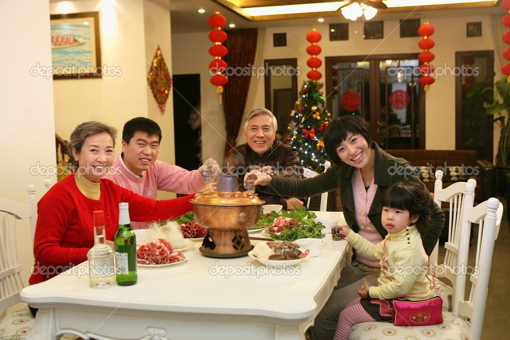 Resultado de imagem para familia chinesa