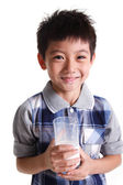 Boy drinking milk — Stockfoto