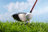 Golf club e la palla — Foto Stock