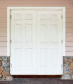 White door with the wall — Foto de Stock