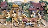 Stuc thaïlandais culture autochtone sur le mur du temple, thaïlande — Photo