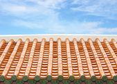 Tradiční čínská střecha s oblohou — Stock fotografie