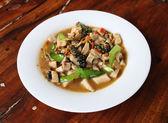 Stir Fried Eringii Mushroom in sauce — Stock Photo