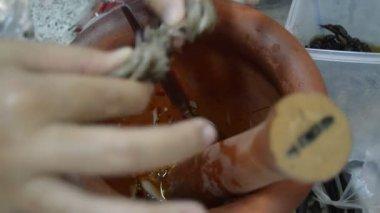 Papaya spicy salad Thai food — Stock Video