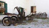 Old Farming Tools and Vehicles — Stock Photo