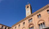 Palazzo della Prefettura and Civic Tower in Treviso — Stock Photo