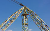 Crane Against a Blue Sky — Stockfoto