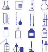 Chemistry glassware and tools icon — Stock Vector