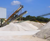 Limestone quarry with modern crushing — Stock Photo