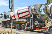 Concrete mixer for the transport and use of concrete — Stock Photo