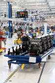 Car engine assembled on the factory production line — Foto de Stock