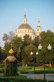 Ryssland, staden orel. domkyrkan antagandet av michael ärkeängeln — Stockfoto