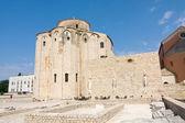 Kościół st. donat, monumentalny budynek z ix wieku w zadarze, chorwacja — Zdjęcie stockowe