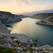Maslenica Strait of the Adriatic Sea at sunset, Croatia — Stock fotografie