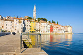 Architecture of Rovinj, Croatia. Istria touristic attraction — Stockfoto
