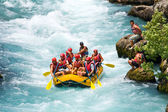 GREEN CANYON, TURKEY - JULY 10, 2010: White water rafting on the rapids of river Manavgat on July 10, 2009 in Green Canyon, Turkey. Manavgat River is one of the most popular among rafters in Turkey. — Stock fotografie