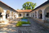 Courtyard with swimming pool, Gardens in Balchik, Bulgaria — Stock Photo