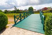 Green footbridge — Stock Photo