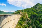 Vidraru dam, Fagaras mountains, Romania — Stock Photo