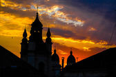 Church in a sunset beams in Lviv, Ukraine. Sunshine church conto — Stock Photo