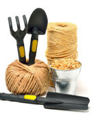 Trädgårdsredskap, vete korn, rake, pot, spade — Stockfoto