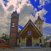 католическая церковь святой франциск ассизский на острове самосир. — Стоковое фото