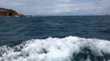 View to Ko Khrok Island and Pattaya. — Stock Video