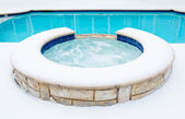 Hot tub spa in de winter — Stockfoto