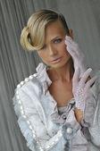 Portret van model dragen couture designer gown — Stockfoto