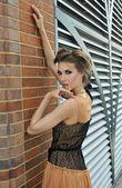 Retro style woman wearing designer dress — Fotografia Stock