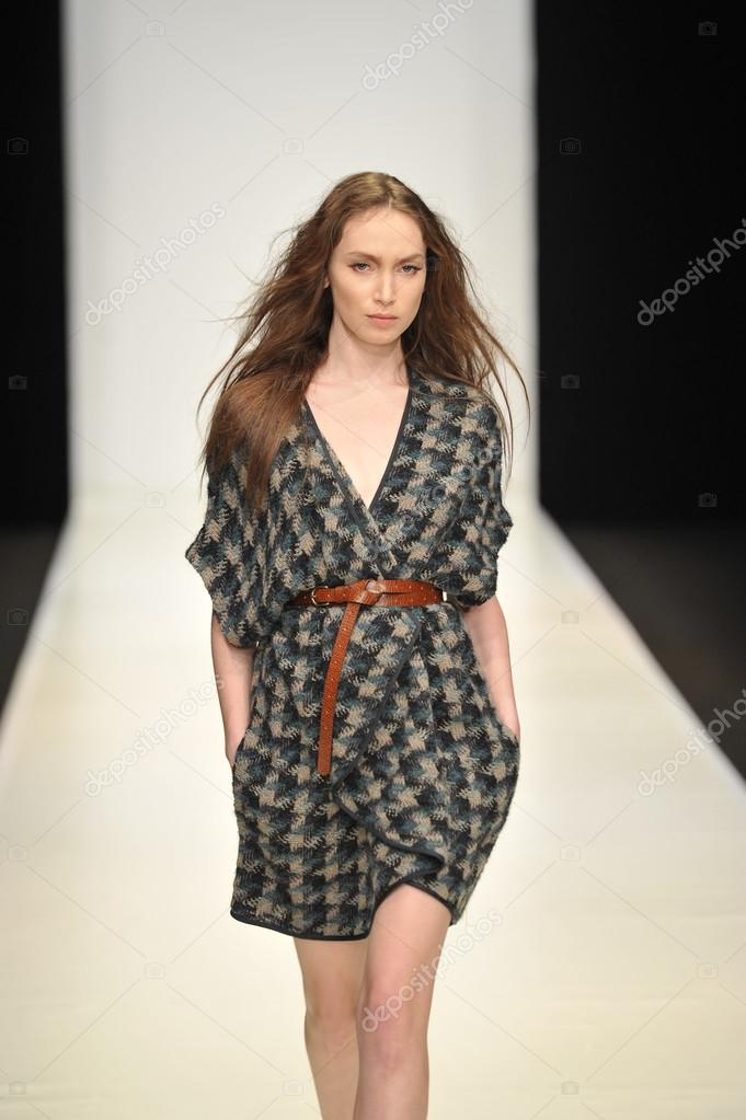 MOSCOW - MARCH 21: A Model walks runway at the Dasha Gauser for Fall Winter 2012 presentation during MBFW on March 21, 2012 in Moscow, Russia  — Stock Photo #12541735